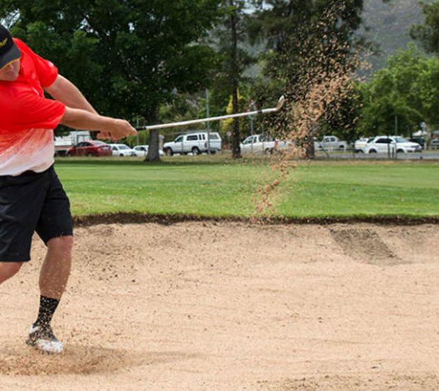 play-to-give-golfer-sand_1920x1080