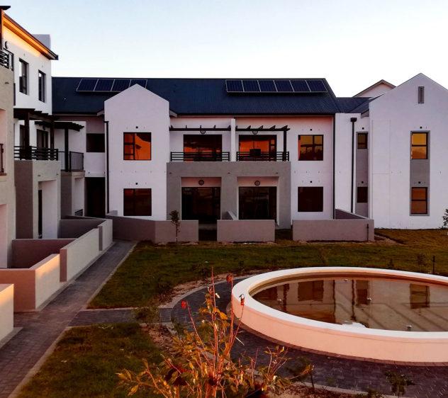 buh-rein-retirement-village-independent-living-apartments-courtyard_1920x1080